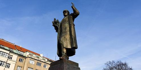 Am 3. April 2020 entfernt: Ivan Stepanowitsch Konev, Monument in Prag 6