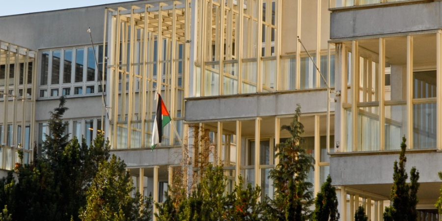 PalestineEmbassyPragueWeb20121201