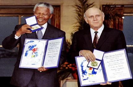 Mandela_Nobelpreis1993deKlerkKopie
