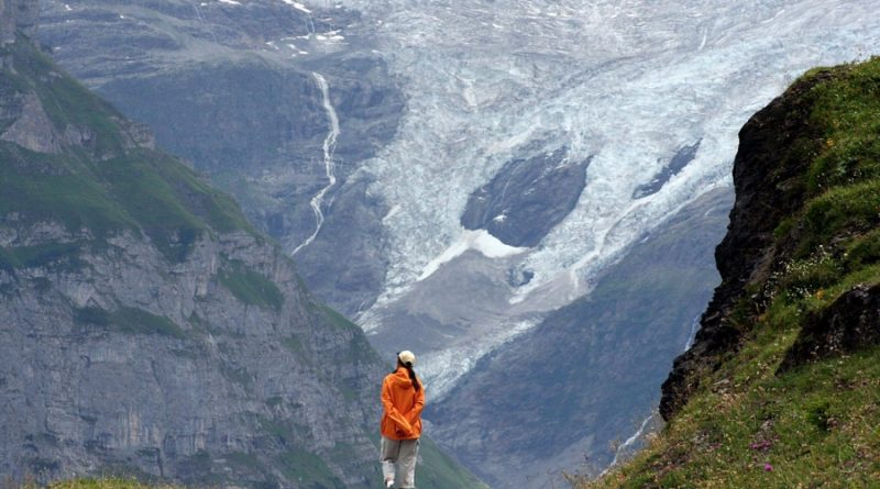 Grindelwaldgletscher2006ChrisWeeFlickrcc