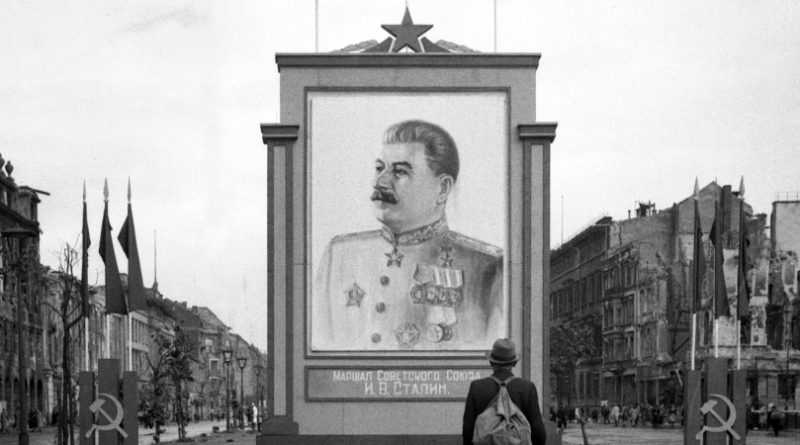 Stalin_WikimediaCommons