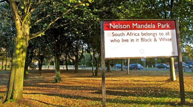 Nelson_Mandela_Park_sign_Leicester_UK__20101010