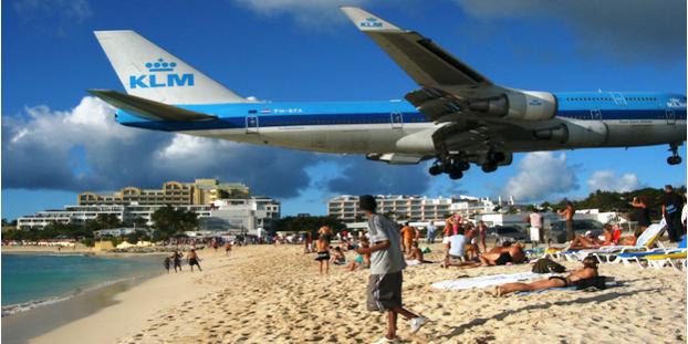 Flugzeug_Strand_Frontcc