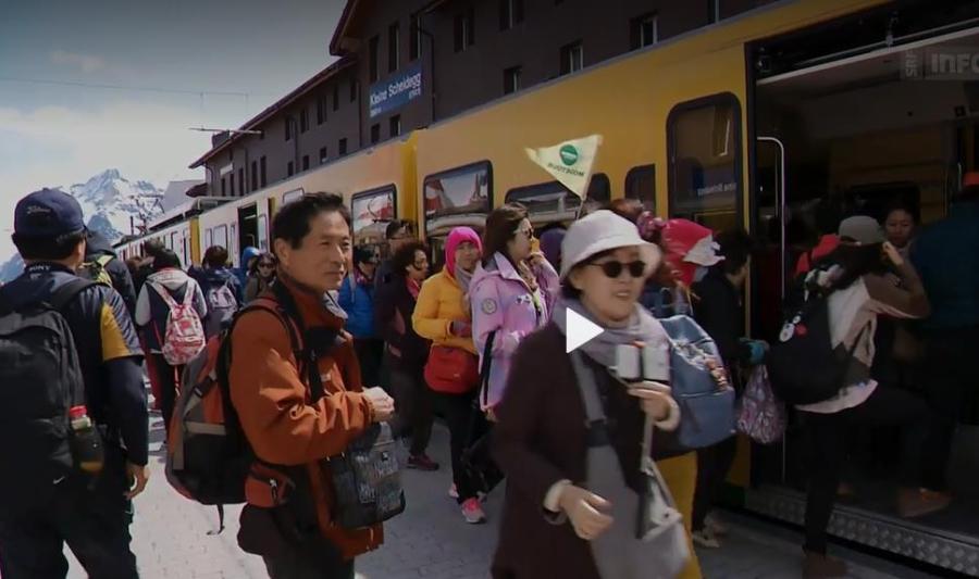 TouristenFernostJungfraujoch2