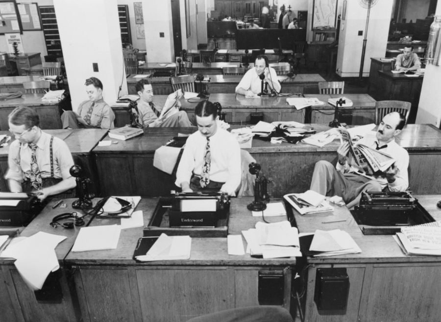 new_york_times_newspaper_press_room_1942_reporter_information_topicality_communication_archive658882_jpgd