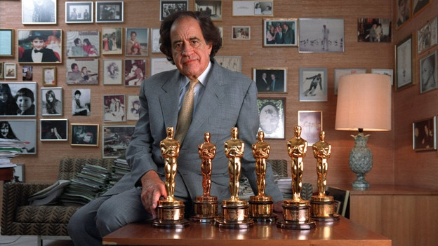 Arthur_Cohn_with_his_6_oscars