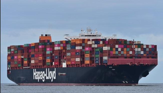 FrachtschiffHapagLloyd