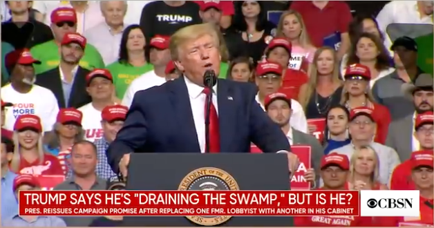 Trump_Sumpf_Front