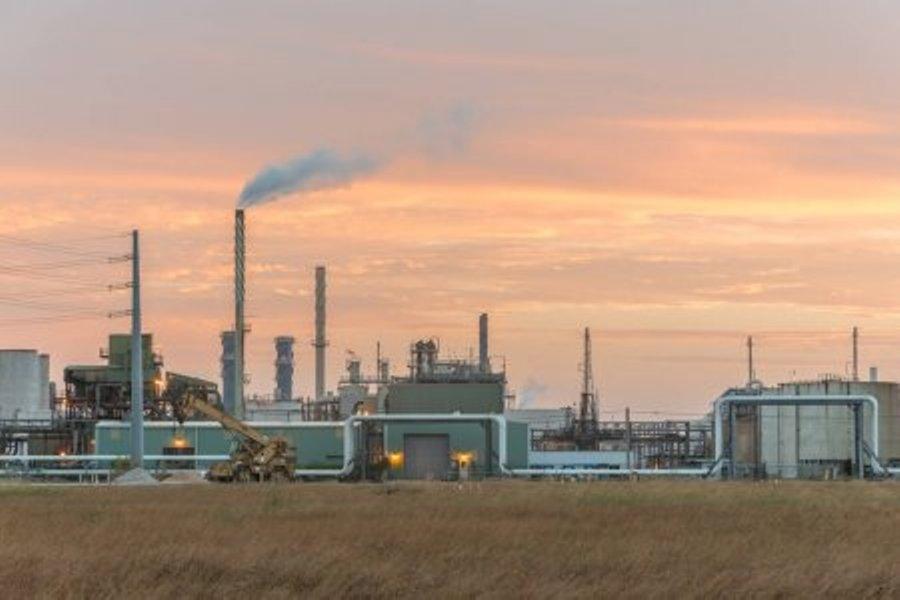 depositphotos_277251464stockphotopetroleumrefineriesorchemicalplants