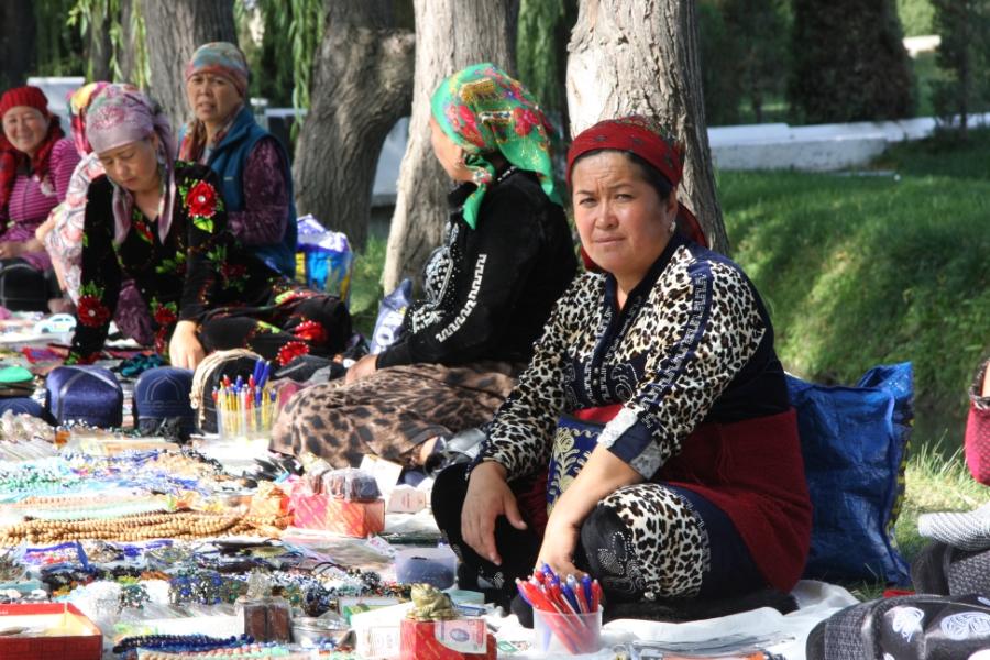 aktivekleinunternehmerinnenusbekistan©womentravel_ch