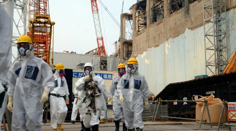 IAEA_Experts_at_Fukushima_02813336