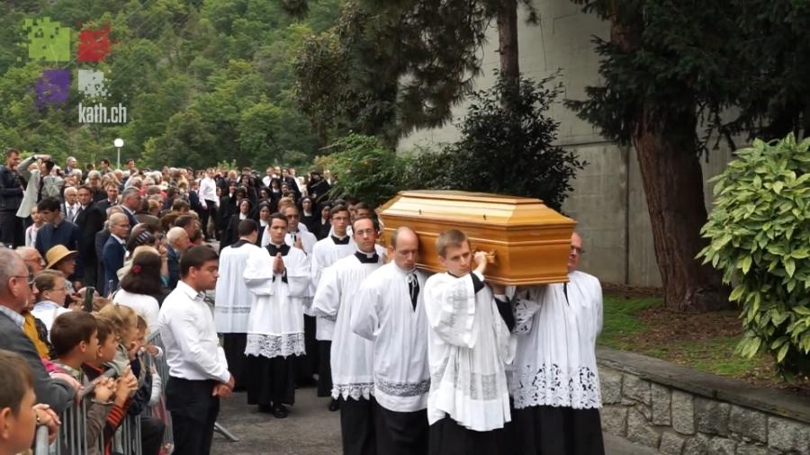 Piusbrüder Prozession