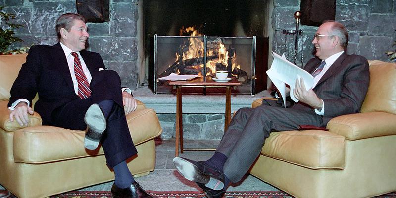 Ronald Reagan und Michail Gorbatschow 1981