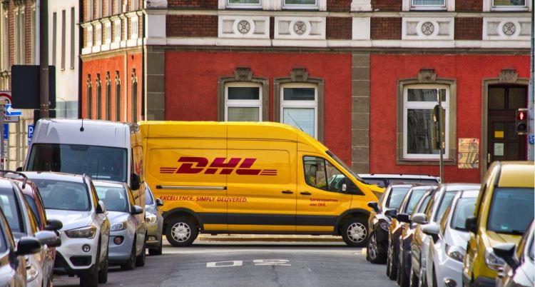 Lieferwagen DHL pixabay