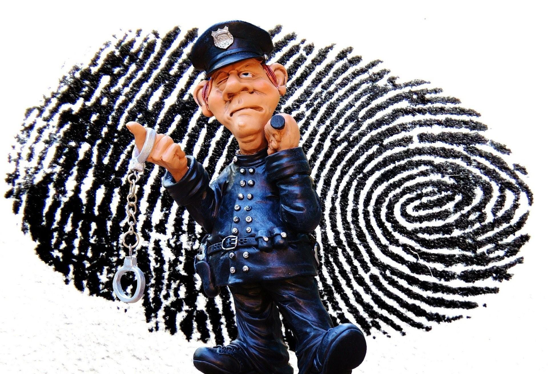 police-1141050_1920-1
